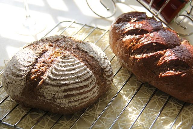 bread-1165861_640