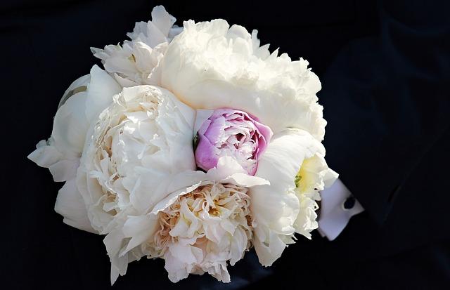 bridal-bouquet-2299016_640